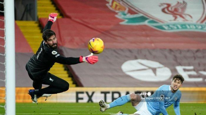 Pembelaan Wijnaldum Setelah Alisson Lakukan Blunder & Dijadikan Kambing Hitam Kekalahan Liverpool